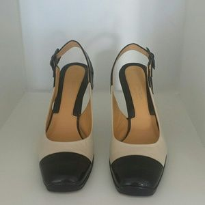 Via Spiga Made in Italy 2-tone sophisticated heels